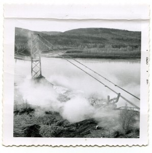 Collapse of the Peace River Bridge. Courtesy of the Fort St. John North Peace Museum
